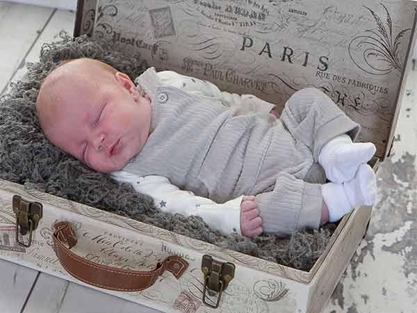 Newborn Baby photography in Newcastle mini session