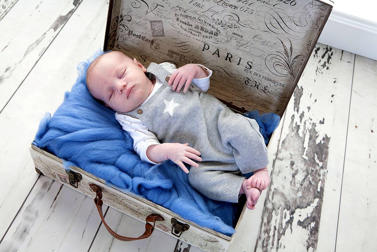 Newborn full session photography Newcastle UK