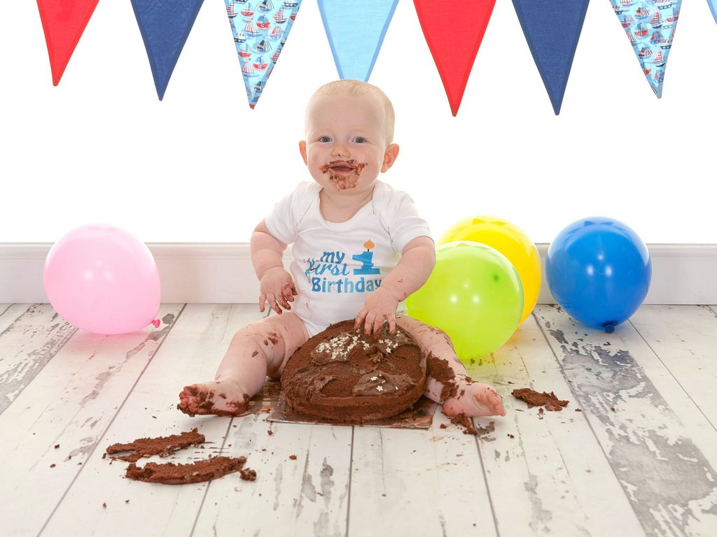 cake smash gallery in North East